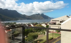 Apartment To Rent in Northshore, Hout Bay