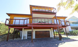 House For Sale in Keurboomstrand, Plettenberg Bay