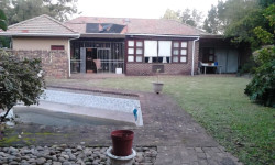 House For Sale in Southernwood, East London