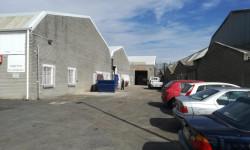 Industrial To Rent in Montague Gardens, Milnerton