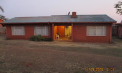 House For Sale in Signal Hill, Newcastle