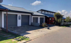 Townhouse For Sale in Ben Fleur, Witbank