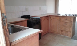 Townhouse To Rent in South Ridge, Kimberley
