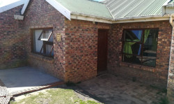 House To Rent in Grahamstown Central, Grahamstown