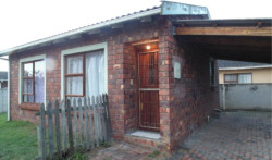 House To Rent in Overbaakens, Port Elizabeth