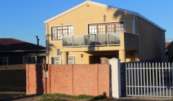 House For Sale in Retreat, Cape Town