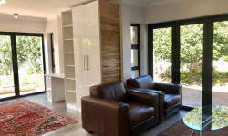 Bachelor Flat To Rent in Hout Bay Central, Hout Bay