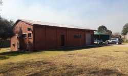 Lifestyle Farm To Rent in Chartwell, Johannesburg