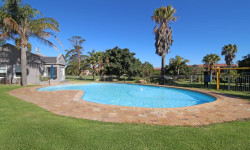Apartment For Sale in Castleton, Plettenberg Bay