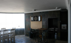 Apartment To Rent in Central Jeffreys Bay, Jeffreys Bay