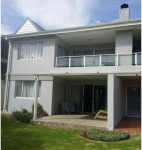 Apartment To Rent in De Bakke, Mossel Bay