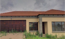 House To Rent in Jackaroo Park, Witbank
