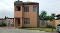 Duplex To Rent in Grimbeeck Park, Potchefstroom