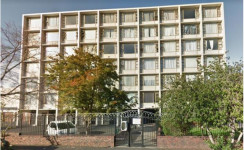 Apartment For Sale in Wynberg, Cape Town