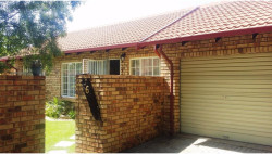 Simplex To Rent in The Reeds, Centurion