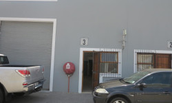 Industrial To Rent in ,
