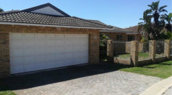 Townhouse To Rent in Beverley Grove, Port Elizabeth