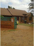 House To Rent in Chantelle, Akasia