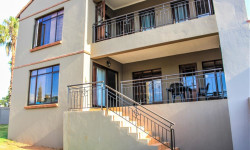 Townhouse For Sale in Moreletapark, Pretoria