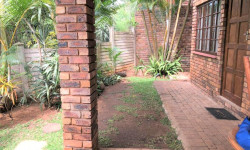 Duplex To Rent in Astra Park, Kingsburgh