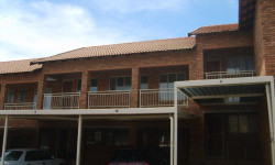 Apartment To Rent in Wentworth Park, Krugersdorp