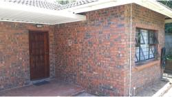 Garden Cottage To Rent in Meer En See, Richards Bay