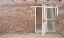 Apartment To Rent in Meyerspark, Pretoria