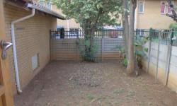 Duplex For Sale in Silverton, Pretoria