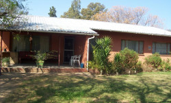 House For Sale in Fort Beaufort, Fort Beaufort