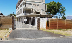 Apartment To Rent in Southfield, Cape Town
