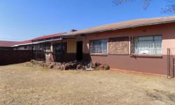 House For Sale in Welverdiend, Carletonville