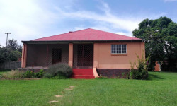 House To Rent in ,