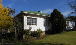 House To Rent in West Hill, Grahamstown