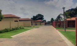 House To Rent in Reyno Ridge, Witbank