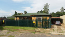 House For Sale in Western, Benoni