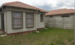 House To Rent in Andeon, Pretoria