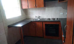 Townhouse To Rent in Ravenswood, Boksburg