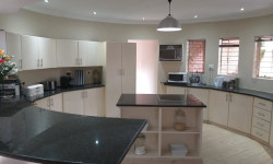 House For Sale in Petersfield, Springs