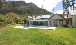 House To Rent in Kenrock Country Estate, Hout Bay