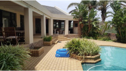 House For Sale in Beacon Bay, East London