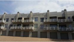 Apartment For Sale in De Bakke, Mossel Bay
