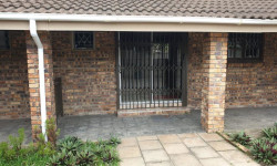 Flat To Rent in Veld En Vlei, Richards Bay
