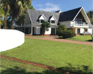 Apartment To Rent in Kloof, Kloof