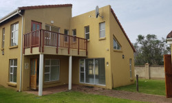 House For Sale in Gonubie, East London