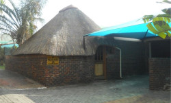 Townhouse For Sale in Geelhoutpark, Rustenburg