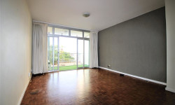 Apartment To Rent in Green Point, Cape Town