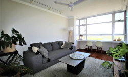 Apartment To Rent in Mouille Point, Cape Town