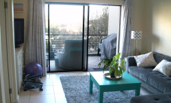 Apartment For Sale in Mowbray, Cape Town