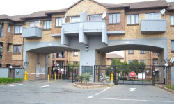 Apartment For Sale in Halfway Gardens, Midrand