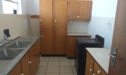Flat To Rent in Kimberley Central, Kimberley
